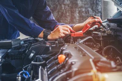 hand of a car mechanic working